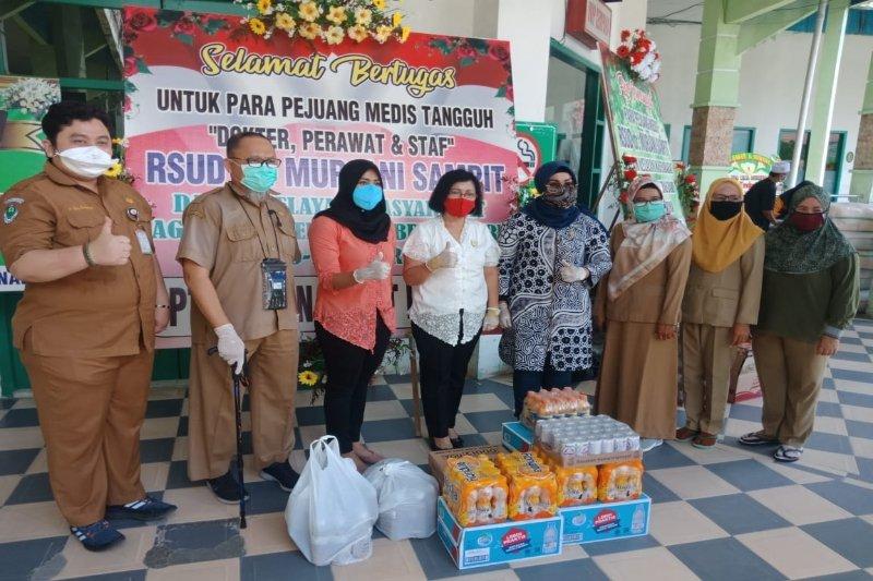 Peringati Hari Kartini dengan beri dukungan tim medis tangani COVID-19