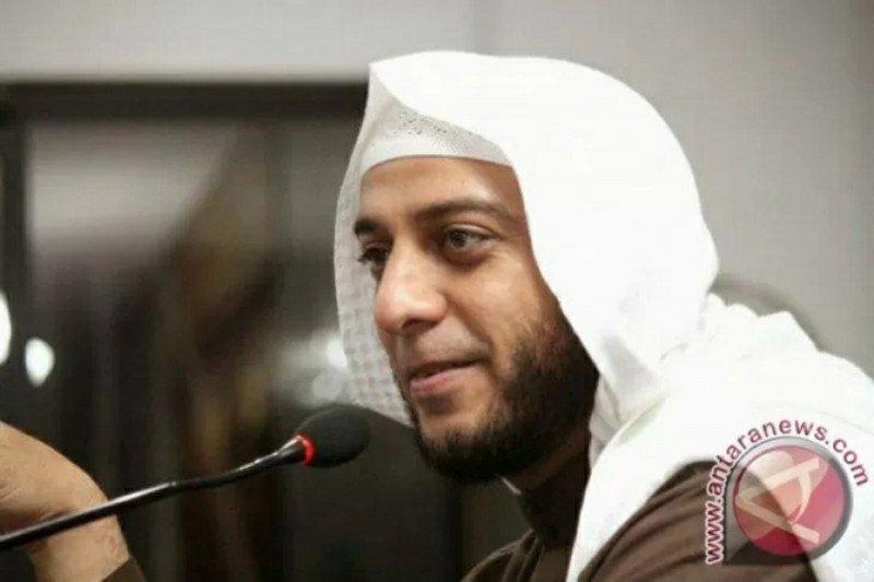 Syekh Ali Jaber: jangan mudik, sayangi orangtua kita