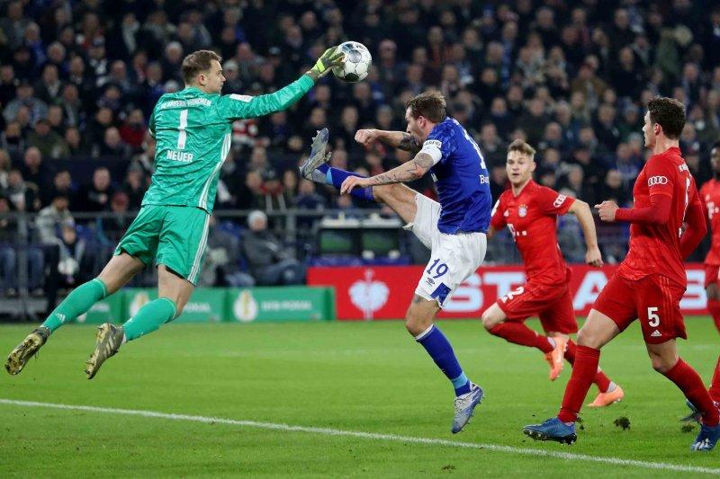 Manuel Neuer perpanjang kontrak dengan Muenchen