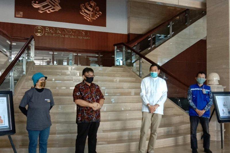 BI Lampung bagikan 800 paket sembako kepada masyarakat terdampak COVID-19