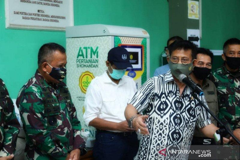 Mentan kunjungi Kodim Depok pastikan bantuan lewat ATM Beras berjalan