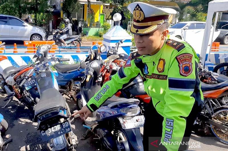 Keluyuran malam-malam, polisi sita belasan motor anak muda