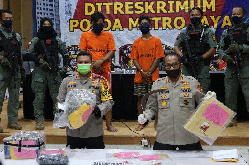 Polisi tangkap dua pelaku perampokan dan pembunuhan di Kota Depok
