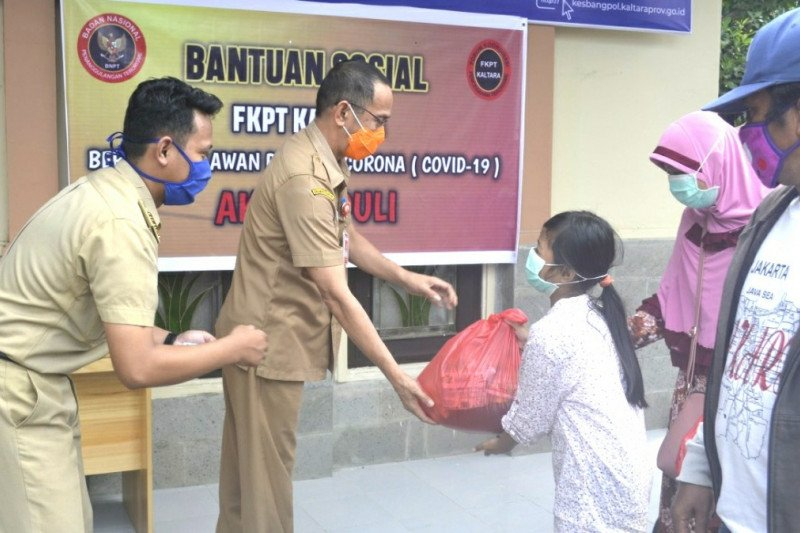 Bhakti sosial FKPT Kaltara bagi warga terdampak pandemi COVID-19