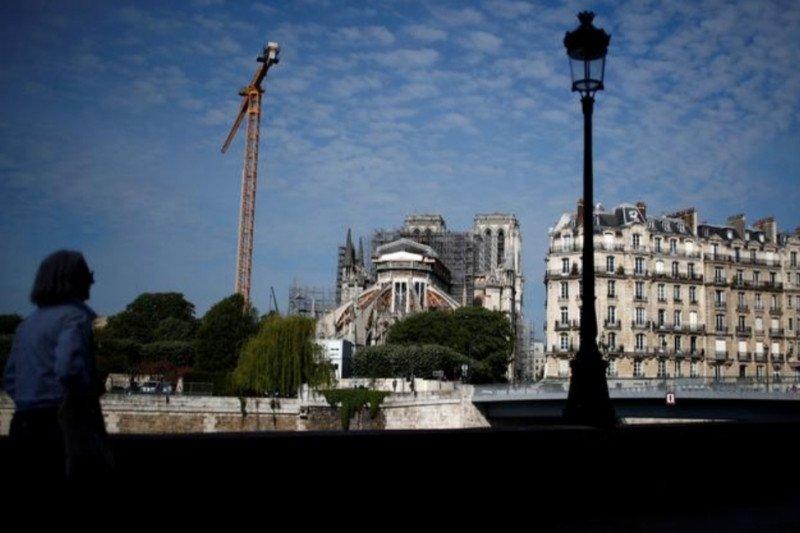 Sempat terhenti corona, restorasi Notredame kembali akan dilanjutkan