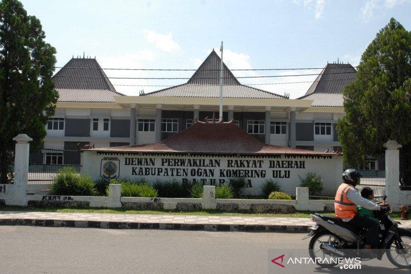 19 anggota DPRD Ogan Komering Ulu isolasi mandiri karena cleaning services positif