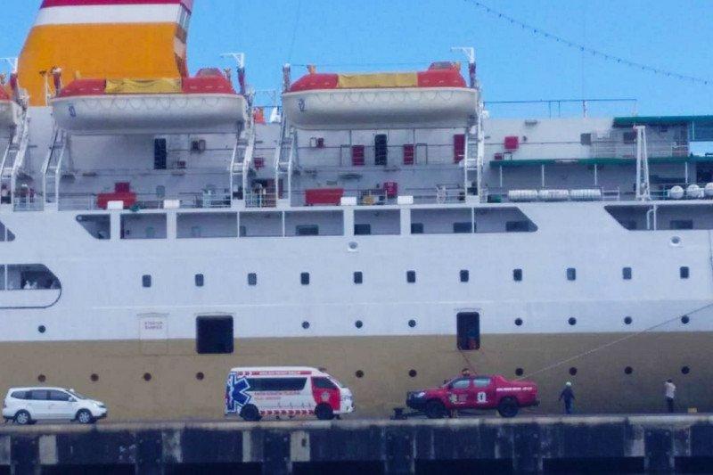 Delapan kapal Pelni parkir di Pelabuhan Makassar