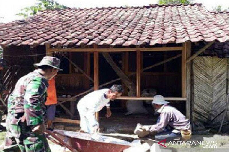 Pekerjaan RTLH di Yogyakarta diteruskan saat pandemi COVID-19