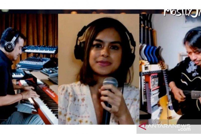 "Kolaborasi virtual musisi Eva Celia dan Tohpati ""Mostly Jazz Live"" bertujuan galang dana amal"