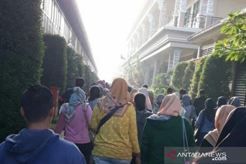 42 pabrik di Cianjur tutup ribuan karyawan dirumahkan