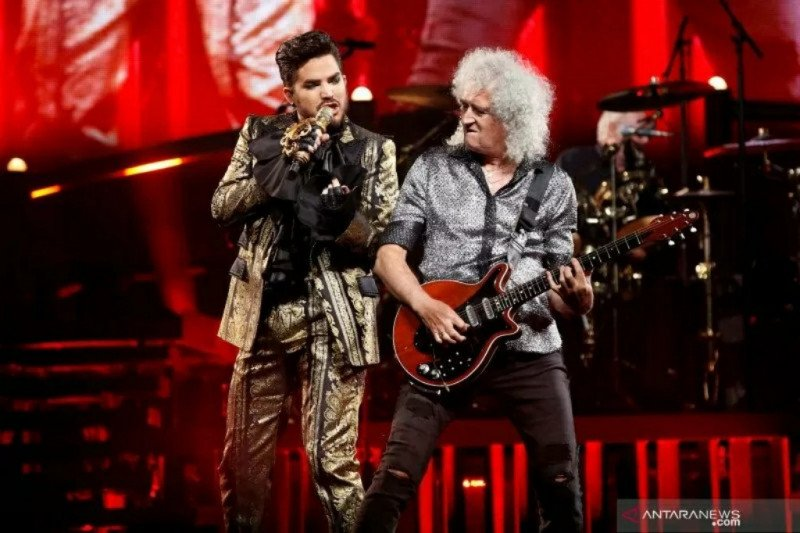 Queen 'konser tribute Freddie Mercury' selama 48 jam di YouTube