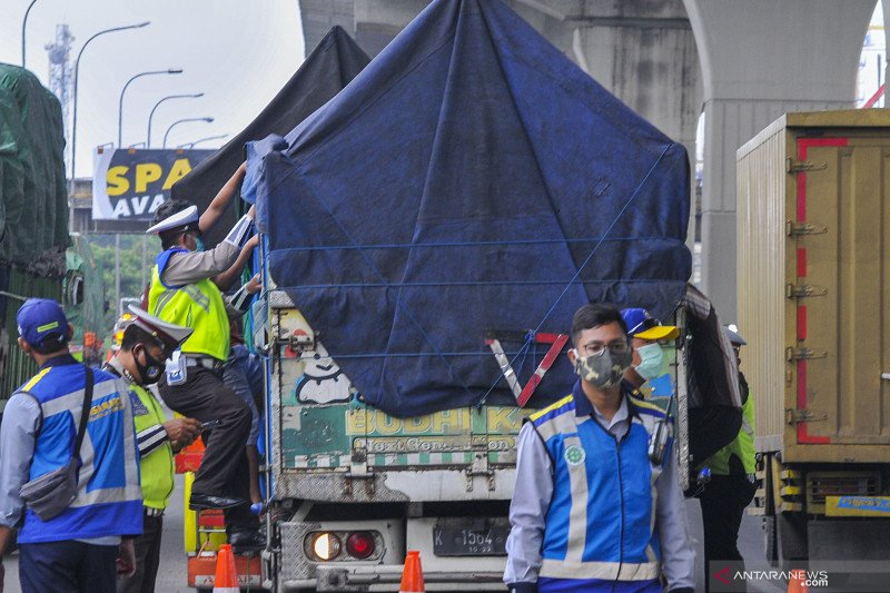 Berita Hukum kemarin, 68.946 kendaraan diputar balik hingga remisi Lebaran