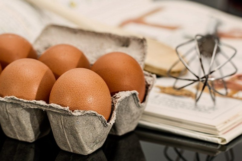 Pintu kulkas bukan tempat terbaik menyimpan telur