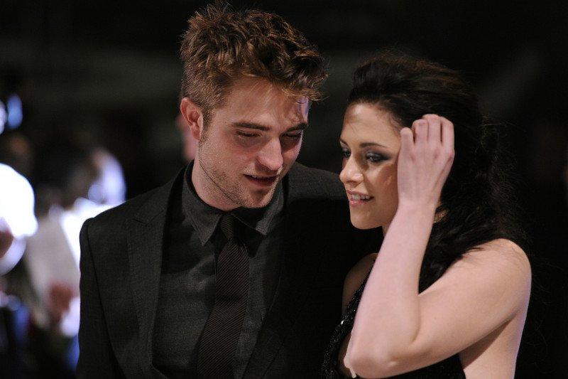 """Pengemar Twilight girang, """"Midnight Sun"""" berisikan kisah cinta Edward Cullen bakal rilis Agustus"""