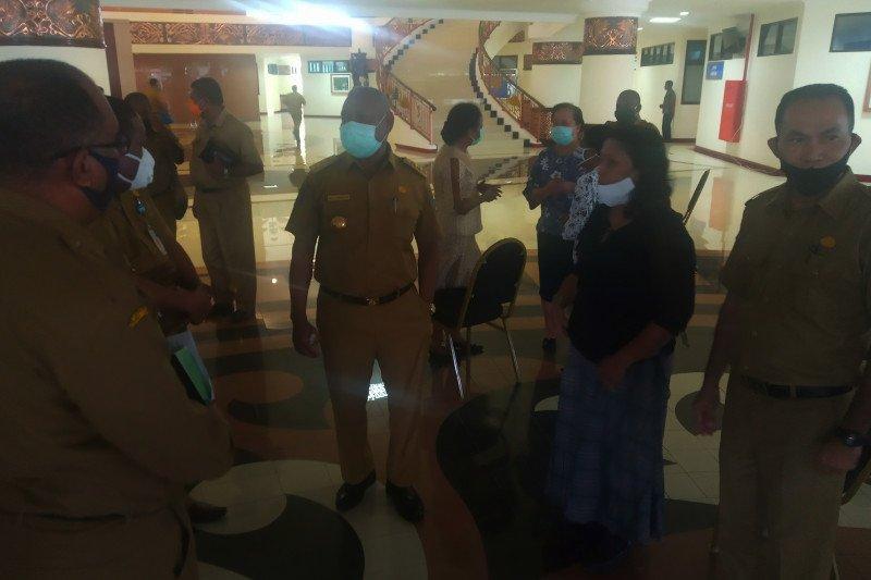 Gubernur Mandacan: dana Otsus Papua Barat tidak terpotong COVID-19