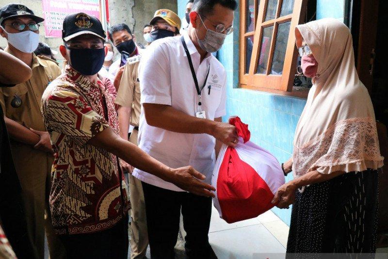 Nama-nama penerima bansos akan ditempel di kantor kelurahan/desa