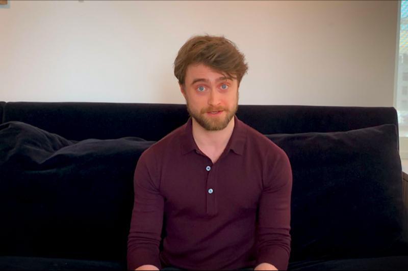 'Transpuan' juga perempuan, kata Daniel Radcliffe