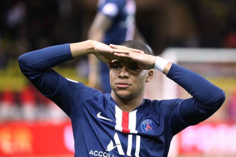 Mbappe hanya mau teken kontrak baru dengan PSG jika ada klausul jual