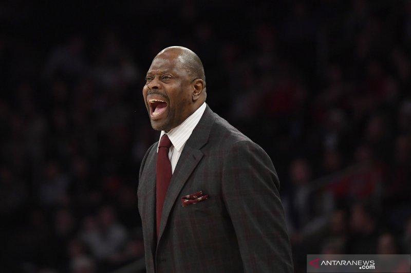 Legenda basket Patrick Ewing kesal, medali emas olimpiade dicuri