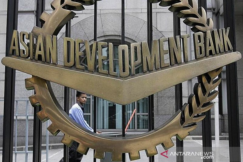ADB proyeksikan ekonomi negara berkembang Asia alami kontraksi 0,7 persen