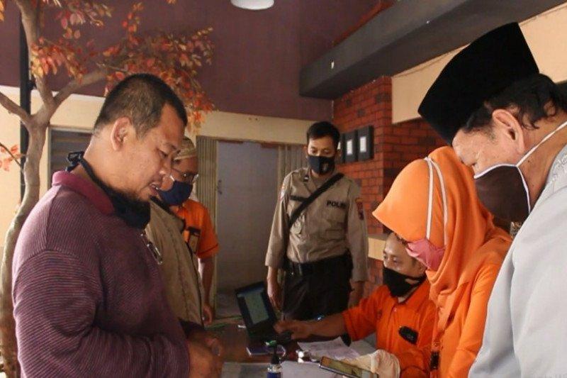 10.000 warga terdampak COVID-19 di Kota Pekalongan terima bantuan sosial tunai