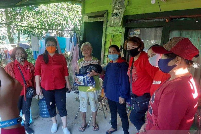 PWKI Kaltara beri bantuan warga yang belum tersentuh bansos