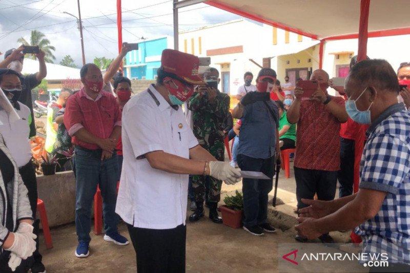 Ribuan keluarga di Kabupaten Minahasa terima BLT