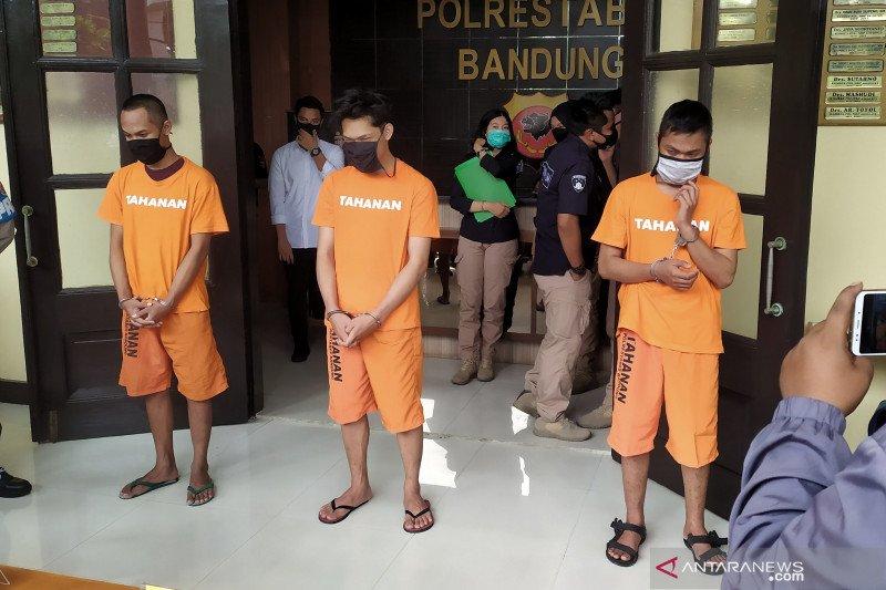 Pemberi sembako sampah Ferdian Paleka terancam 12 tahun penjara
