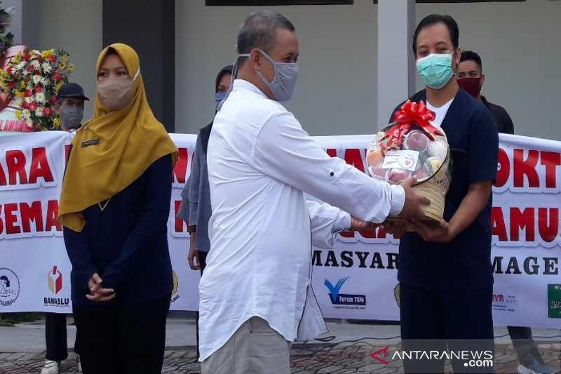 Masyarakat  Magelang gelar aksi peduli dokter dan paramedis