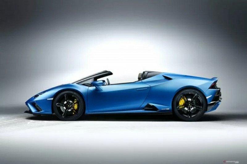 Spesifikasi Lamborghini Spider, bisa melaju hingga 324 km/jam