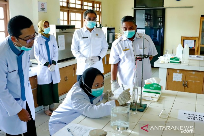 Mahasiswa ULM buat hand sanitizer yang diapresiasi Wali Kota Banjarbaru