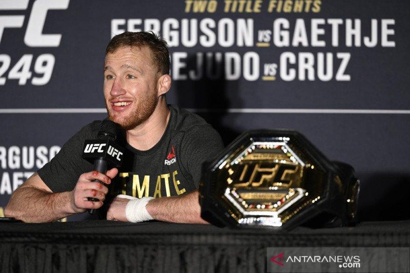 Petarung UFC bisa kehilangan uang tampil kalau  kritik pencegahan corona