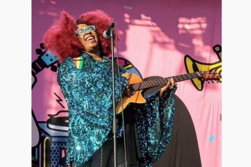 Penyanyi RnB Betty meninggal dunia