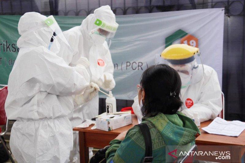 Satu pengguna KRL terindikasi terpapar corona dalam tes massal di Stasiun Bojonggede