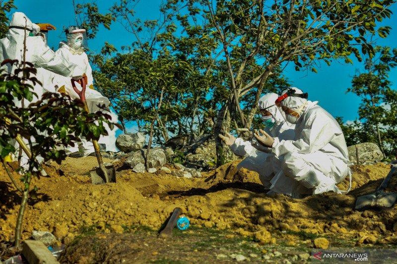 Gubernur Herman Deru bersyukur masyarakat tak menolak jenazah COVID-19