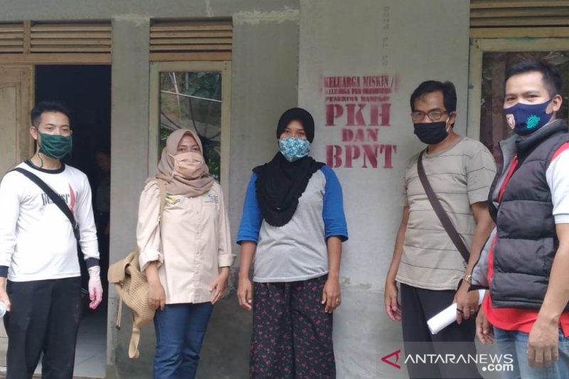 Sekitar 500 ribuan warga Cianjur mendapat bantuan
