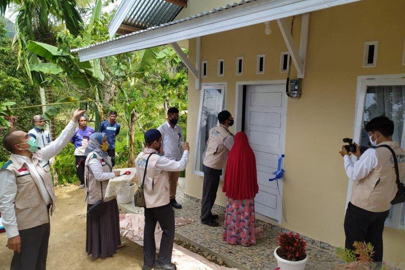 YBM PLN Sumbar resmikan bedah rumah nenek Dalima