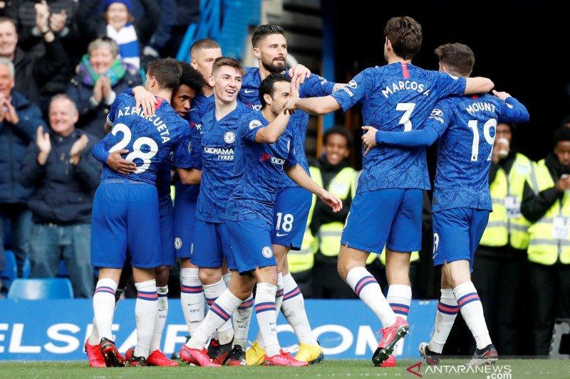 FA tuntut FIFA ke pengadilan arbitrase soal sanksi transfer Chelsea