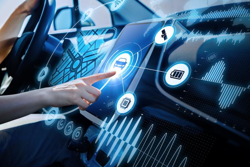 Mobil terkoneksi 5G laris pada 2025 sampai bedakan flu dan COVID-19