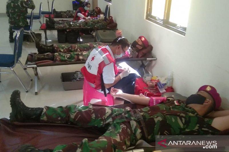 Brigif 4 Marinir/4 gelar donor darah