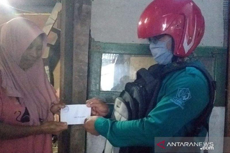 PPDI Padang Panjang salurkan zakat untuk 50 penyandang disabilitas