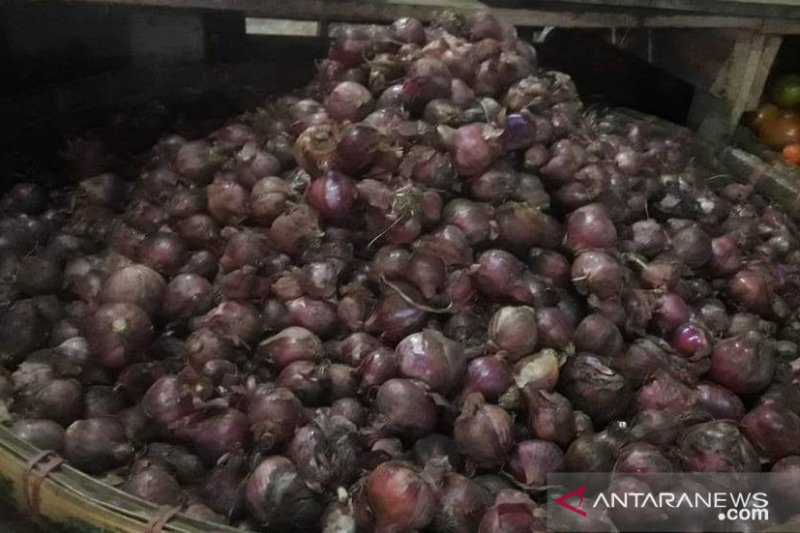 Harga gula dan bawang merah di Cianjur masih tinggi