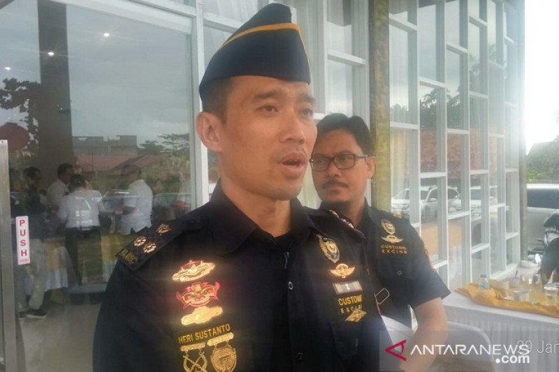 4 juta batang rokok tanpa cukai disita dari mobil truk di Jalintim Riau-Jambi