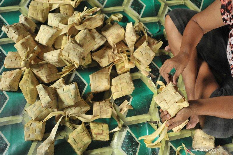 Tips agar ketupat tidak mudah basi