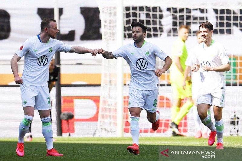 Augsburg harus puas main imbang 0-0 saat ladeni tim papan bawah