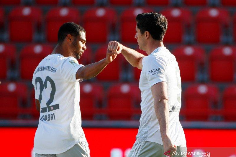 Dua gol dari bola mati antar Bayern tundukkan Union Berlin 2-0