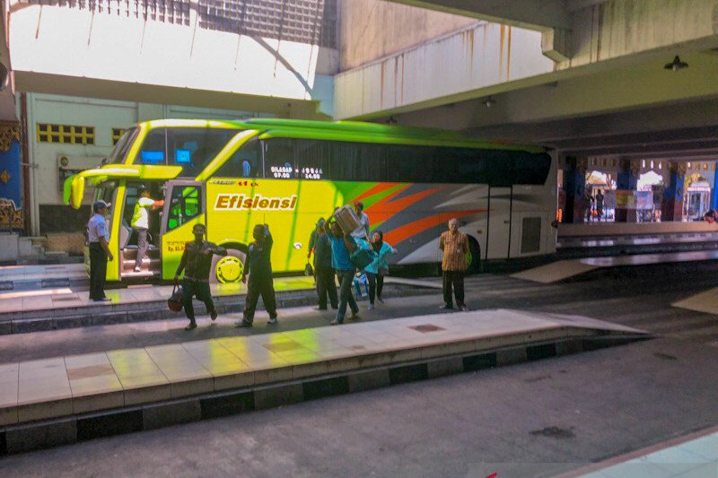 115 WNI repatriasi datang melalui Terminal Giwangan Yogyakarta