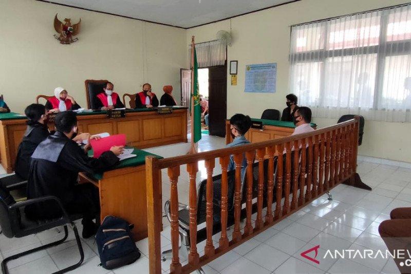Pengadilan Pekanbaru kembali hukum para pelanggar PSBB