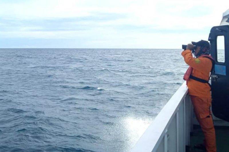 Hilang kontak sejak Ahad,  fiber diduga milik KM Gemilang 717 ditemukan nelayan di Pulau Mursala