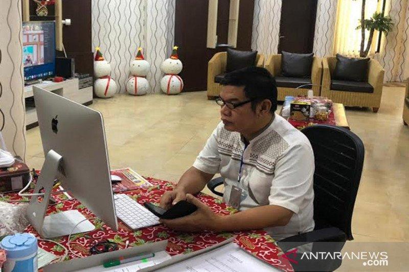 Penerima Bansos harus diumumkan di kantor desa, kata Bupati Bartim